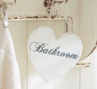 Shabby Chic 'Bathroom' Hanging Heart Plaque